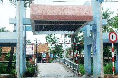 Cầu Ngang, cổng cào vườn cây trái Lái Thiêu – Ảnh: nguồn biethet.com