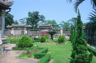 Một góc vườn Thượng uyển – Ảnh: nguồn gdth.hcmup.edu.vn