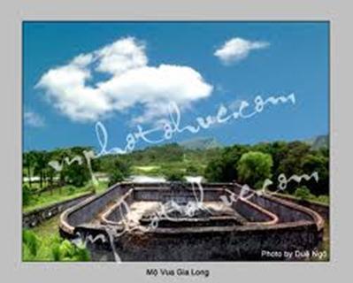 Bửu thành lăng Gia Long – Ảnh: Duệ Ngô (nguồn vnphotohue.com)
