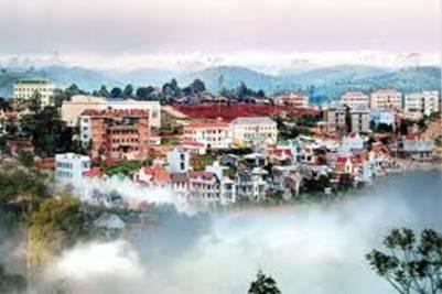 Phố núi trong mây – Ảnh: nguồn taynguyenplaza.com