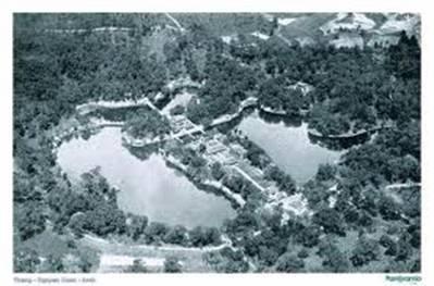 Toàn cảnh lăng Minh Mạng – Ảnh: nguồn panoramio.com
