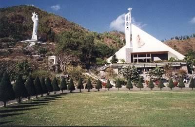 Hai điểm nhấn chính của Trung tâm Thánh Mẫu Bãi Dâu – Ảnh: nguồn mytour.vn