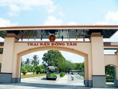Trại rắn Đồng Tâm – Ảnh: nguồn diendanmientay.net
