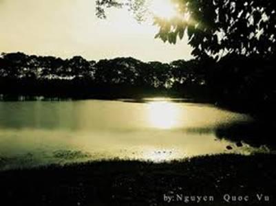 Ao Bà Om nhuộm nắng – Ảnh: Nguyễn Quốc Vũ (flickr.com)