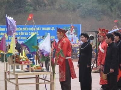 Lễ cầu mùa của người dân tộc Tày