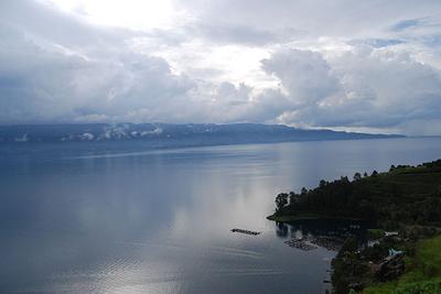 Viên ngọc bích trên đảo Sumatra