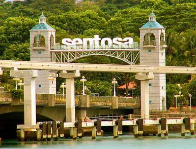 Sentosa chỉ cách Singapore một cây cầu