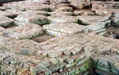 Nền tháp cũ thời văn hóa Phù Nam