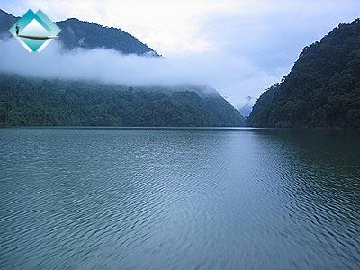 Mênh mông Hồ Núi Cốc