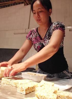 Sản xuất bánh Cáy