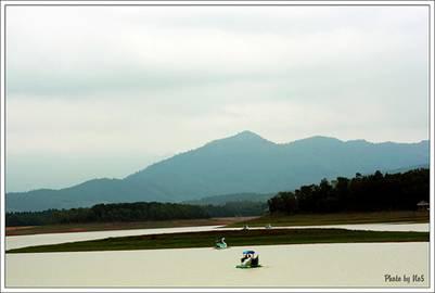 Hồ Đại Lải thơ mộng