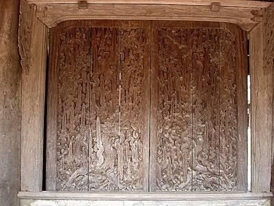 Bộ cánh cửa gian giữa
