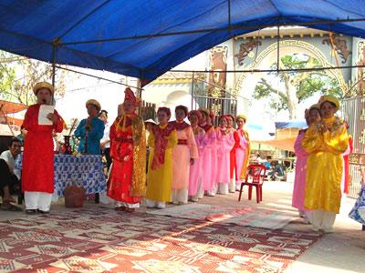 Lễ tế tại di tích đền Mẫu Sáo Đền
