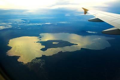 Toàn cảnh hồ Taal và Taal Volcano