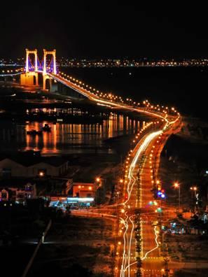 Cầu Thuận Phước trên sông Hàn
