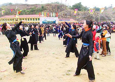 Lễ hội ở Nà Hang