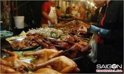 Phong phú món ăn tại chợ đêm