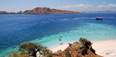 Biển đảo đẹp như tranh vẽ