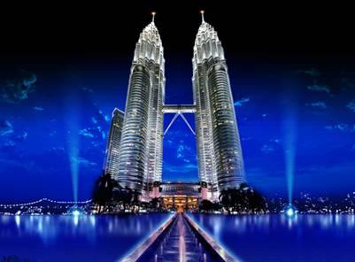 Tòa tháp đôi lộng lẫy trong đêm