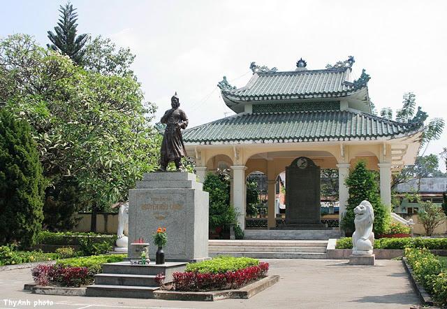 Khu di tích đền thờ Nguyễn Hữu Cảnh