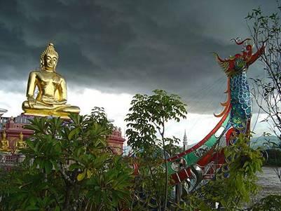 Tam giác Vàng với nhiều tượng Phật