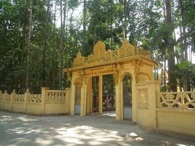 Cổng chùa Âng