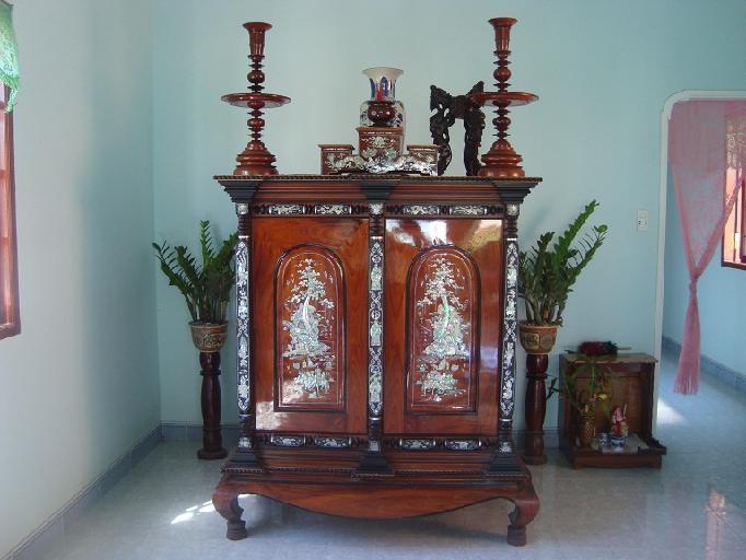Chiếc tủ thờ - hình ảnh quen thuộc