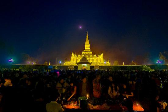 Huyền diệu đêm hội That Luang