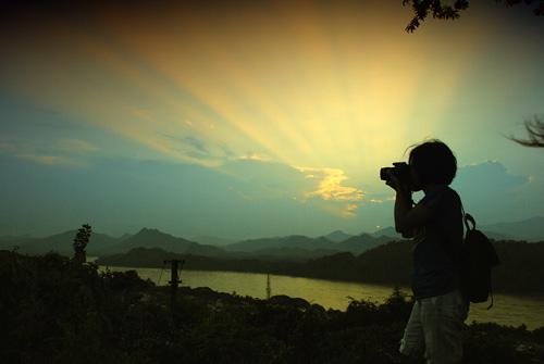 hoàng hôn trên đỉnh Phou Si