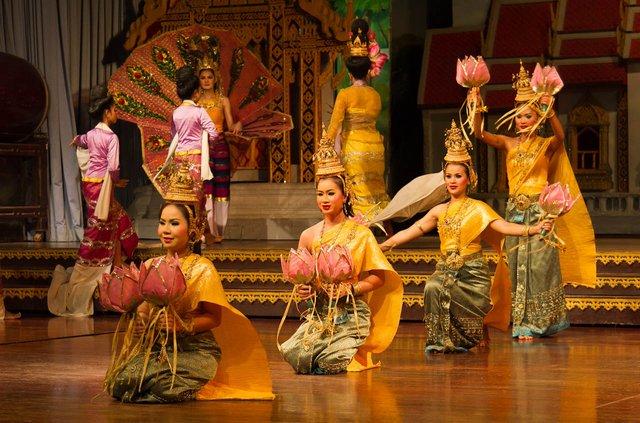 Biểu diễn văn hóa Thái