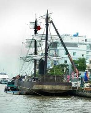 tàu L' Espérance phục chế
