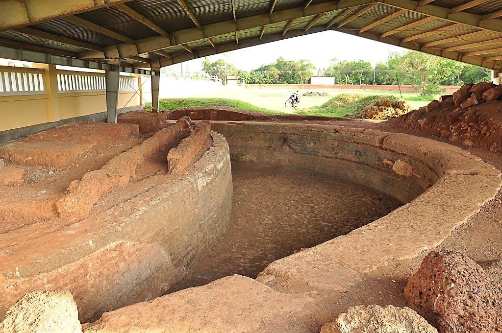 Khai quật khảo cổ thành Chà Bàn