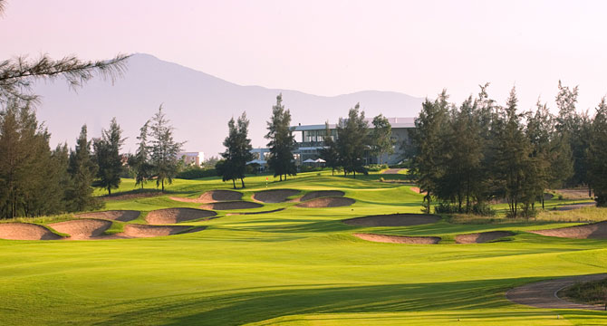 Sân golf Montgomerie Links
