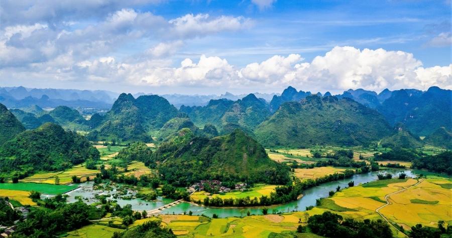 Non nước Cao Bằng - CVĐCTC UNESCO