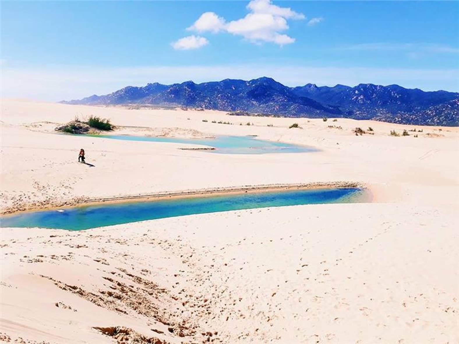 Đồi cát sa mạc tại Mũi Dinh